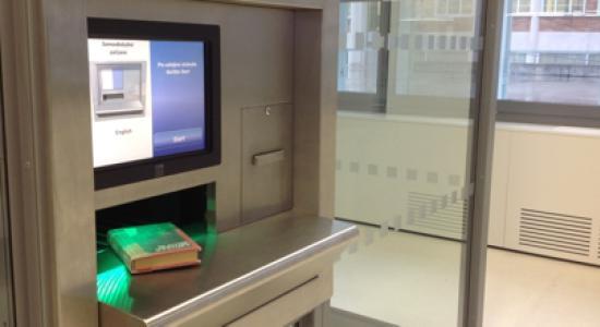 Automat na vracení knih